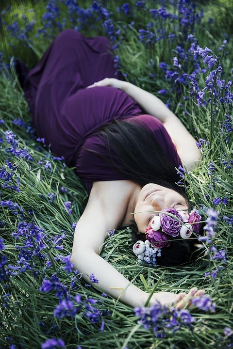 como dormir durante el embarazo,embarazo como dormir,dormir en embarazo,embarazo dormir boca arriba,embarazo dormir boca abajo,embarazo dormir lado derecho,embarazo dormir de lado,cojin embarazada dormir